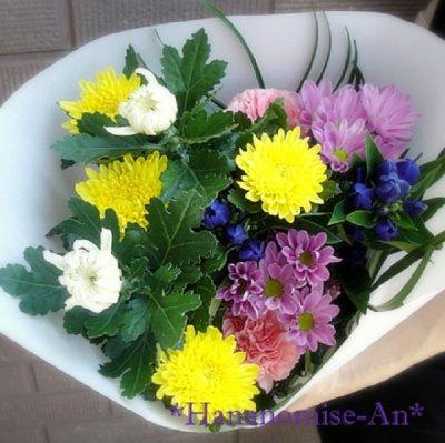 画像2: お供え用・対になった束ね花
